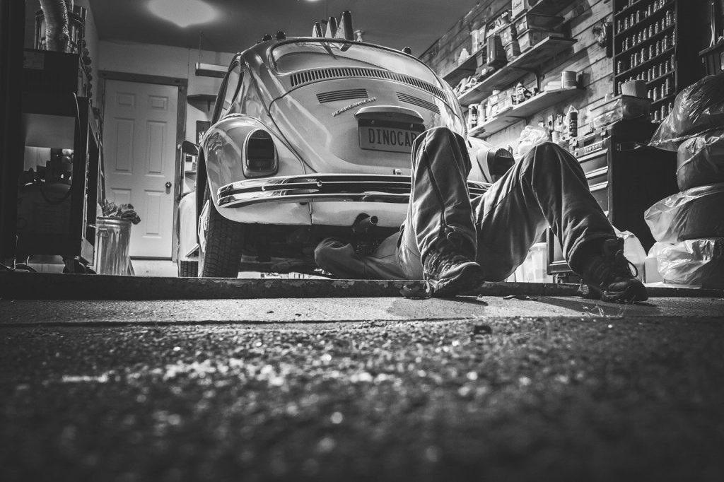 Automotive Cashier job