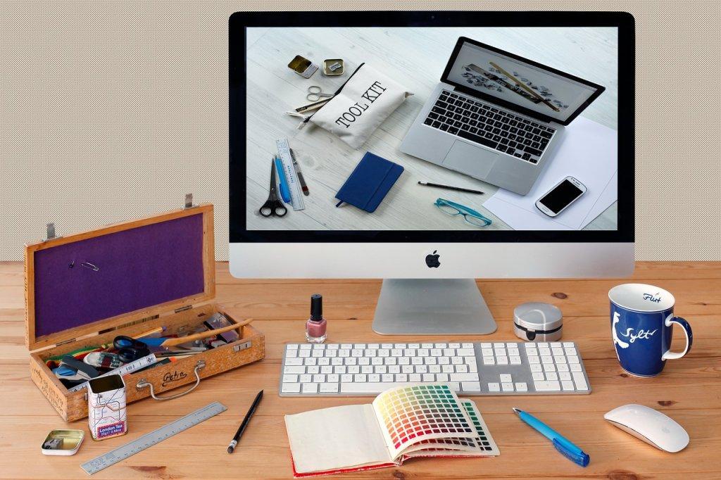 Associate's Degree, Online, Graphic Design