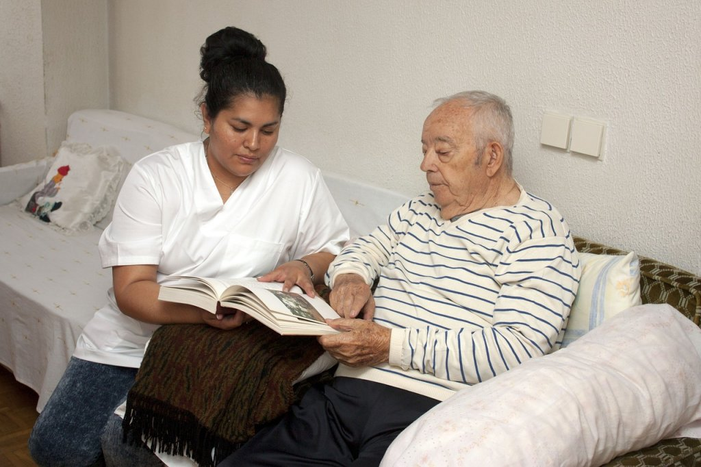 Career Options, No Degree, Care Assistant