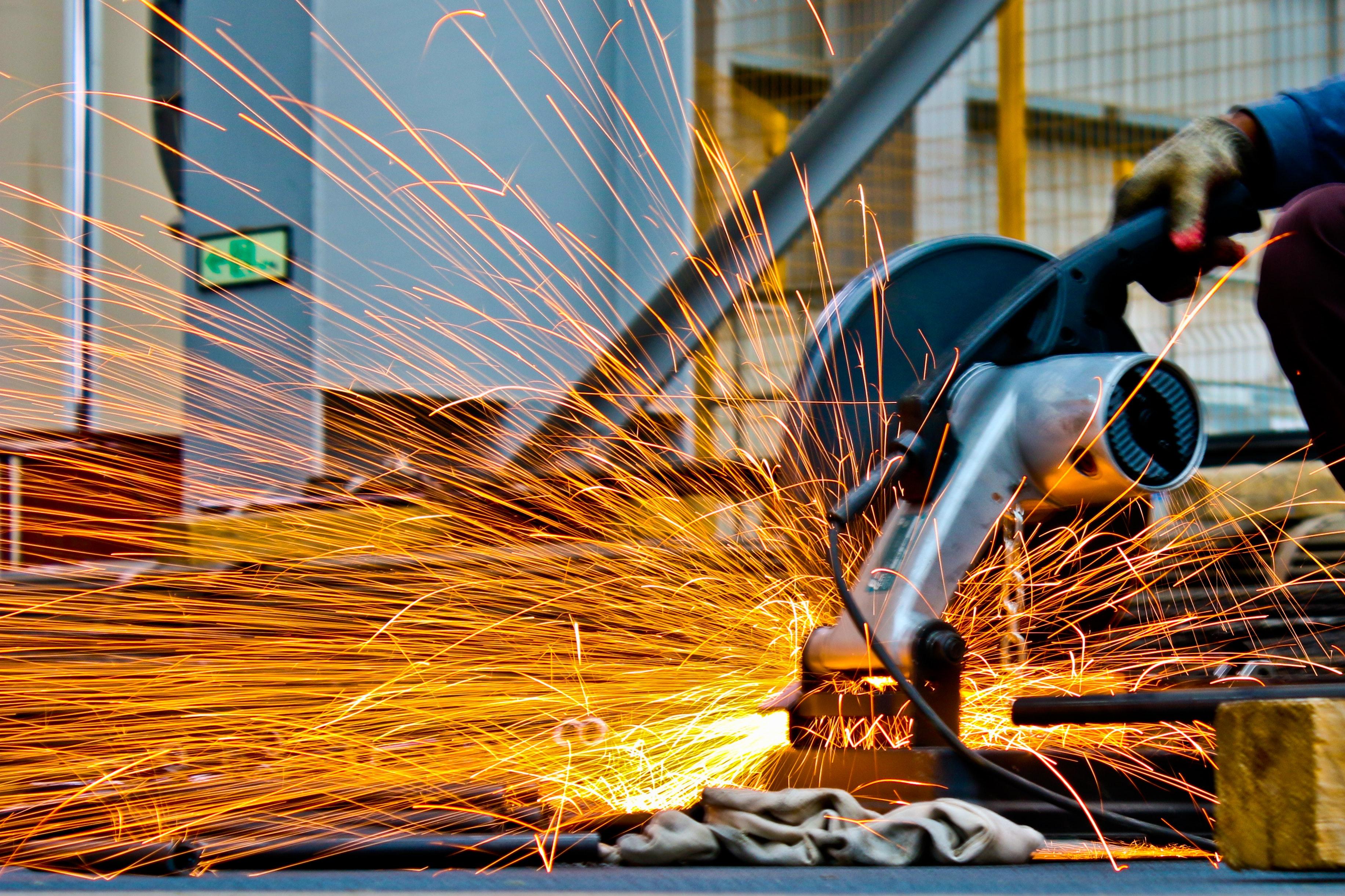 Machine Operator Job Describtion