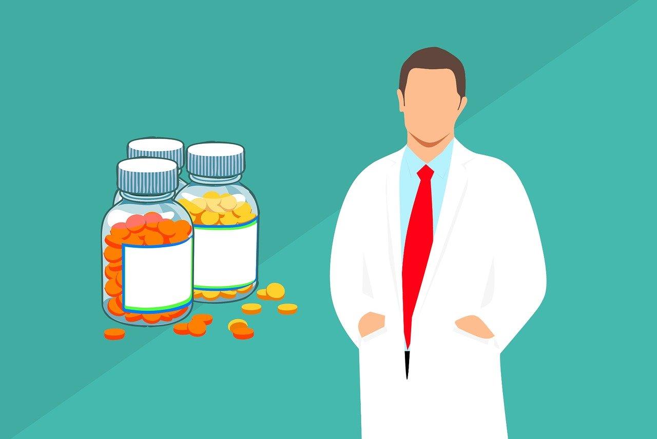 pharmacist vs pharmacy tech