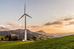 wind turbine techs